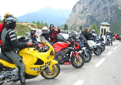 Karerpass - Rolle Pass - Manghen Pass - Motorrad-Hotel-Südtirol Ludwigshof