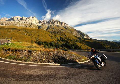 Tour of eight through the Dolomites - Motorrad-Hotel-Südtirol Ludwigshof